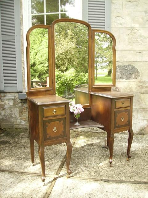 round design antique home value vanity vanities with ideas makeup furniture mirror