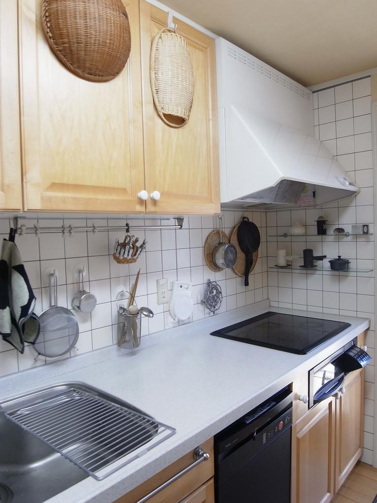他の地域のモダンスタイルのキッチンの画像