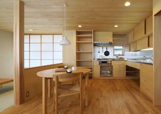 稜線の平屋 アジアン-キッチン