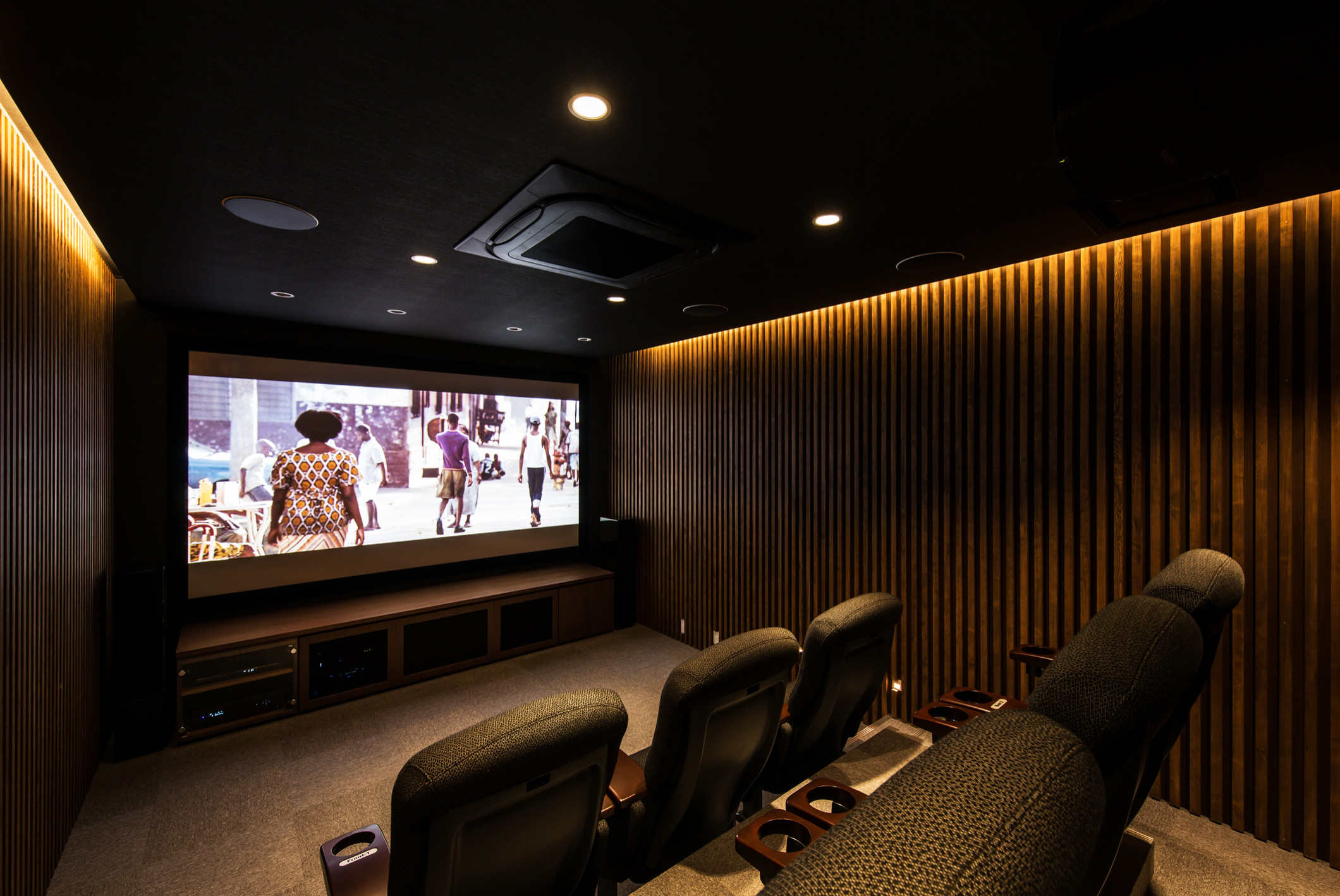 75 Beautiful Modern Home Theater Pictures Ideas December 2020 Houzz