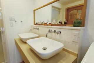 シンプルモダンの注文住宅施工事例 モダン-トイレ洗面所