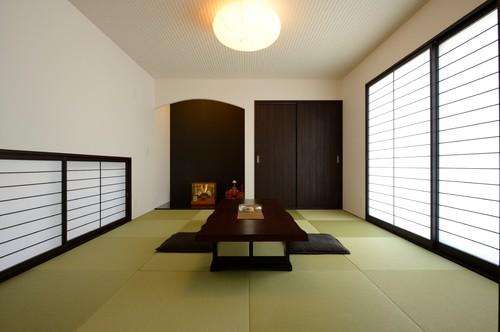 株式会社楓工務店による、モダンな和室の写真 by houzz
