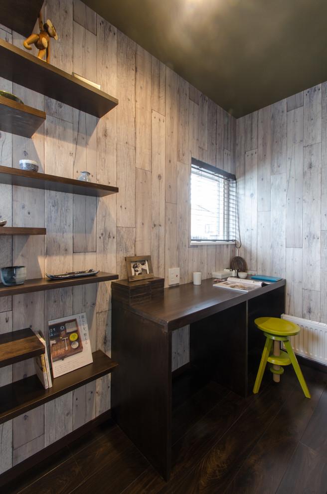 书房灰色背景墙日式风格装饰图片