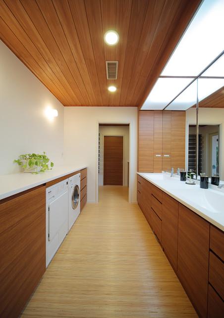 CASA CUBE - Moderne - Buanderie - Tokyo - par 株式会社ハウゼ