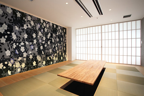 リリカラの花柄和室の壁紙・クロス