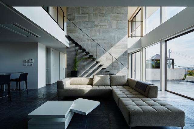 リビング modern living room tokyo suburbs by 重量木骨の家
