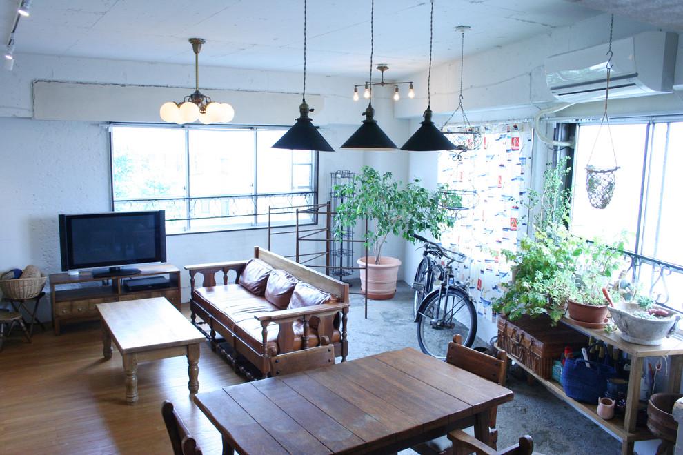 東京都下のリビング・居間の画像