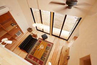 HOUSE / K #1 モダン-リビング