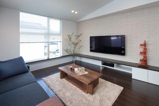 Layered House モダン-リビング