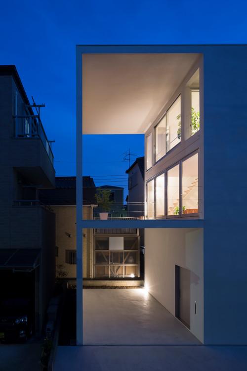 大きなテラスの小さな家 Little House with a Big Terrace