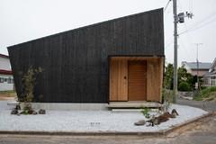 Shou Sugi Ban – bränt trä är det nya svarta