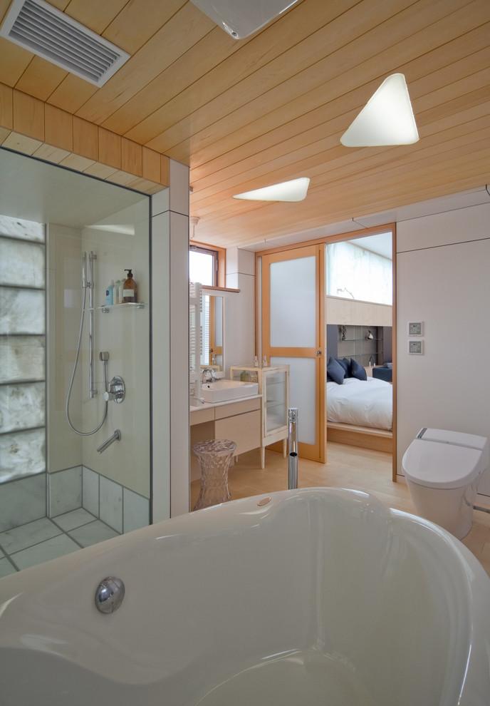 東京都下のモダンスタイルの浴室・バスルームの画像