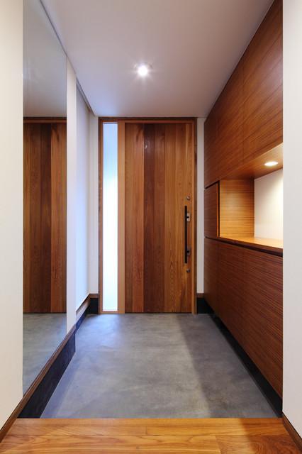 上田の家 玄関ホール コンテンポラリー-玄関