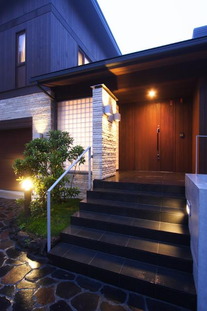 矢ヶ崎の家 玄関ポーチ コンテンポラリー-玄関