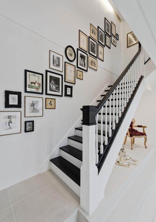 トラディショナル 階段