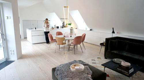 Indbygningsskabe og køkkenet er så elegant - hvem står bag det?