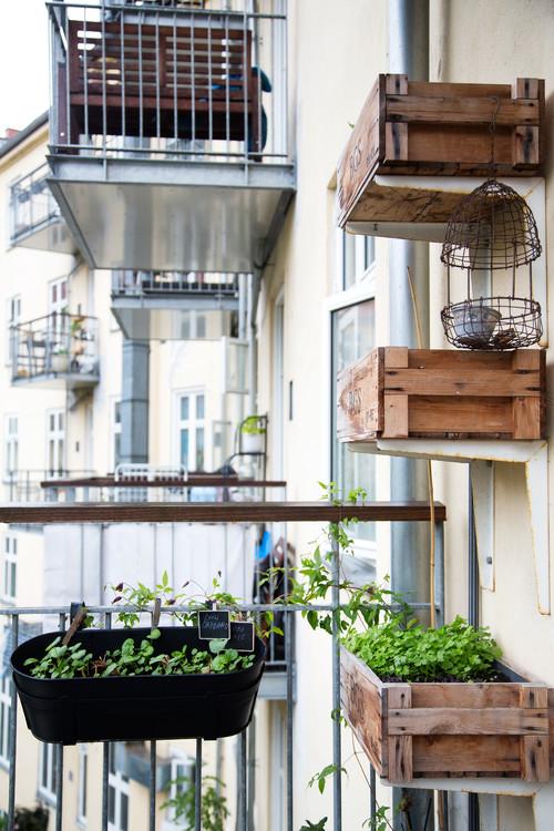 Klar til sommer: Sm̴ altaner med stort potentiale РEkstra Bladet