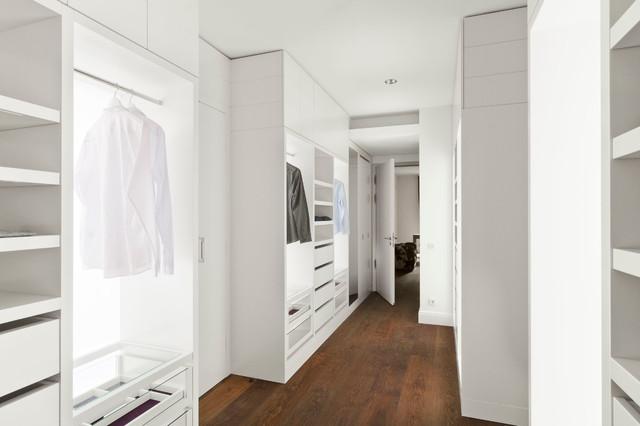 begehbare ankleide modern ankleidezimmer berlin. Black Bedroom Furniture Sets. Home Design Ideas