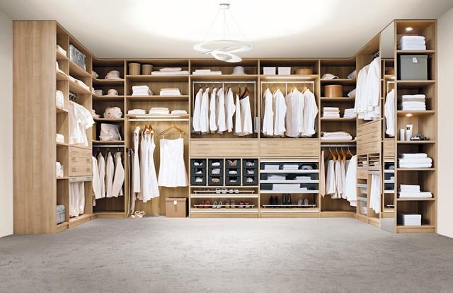 Begehbarer kleiderschrank modern  Begehbarer Kleiderschrank - Modern - Ankleidezimmer - Köln - von ...