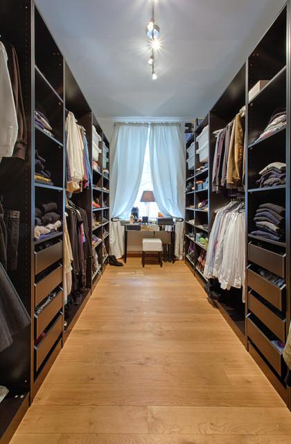 Ankleidezimmer mit fenster ideen  Homestory für Houzz München Lehel - Modern - Ankleidezimmer ...