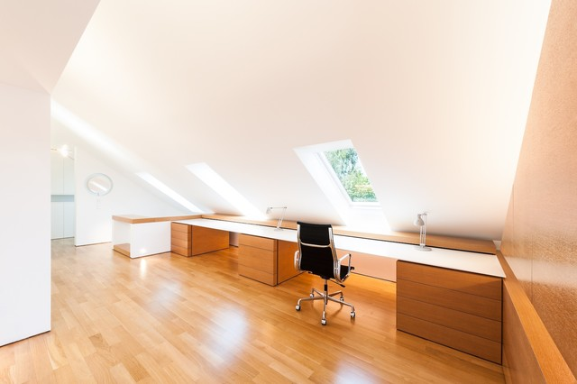 Dachloft modern home office munich by for Innenarchitektur rathke