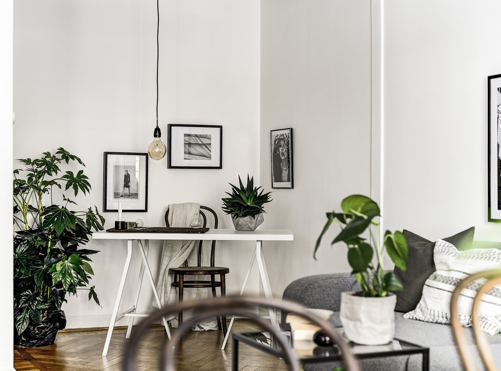 Inspiration for a scandinavian home office remodel in Stockholm