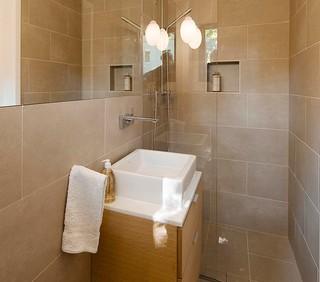A custom bath in sw berlin modern bathroom other for Home decor 80121