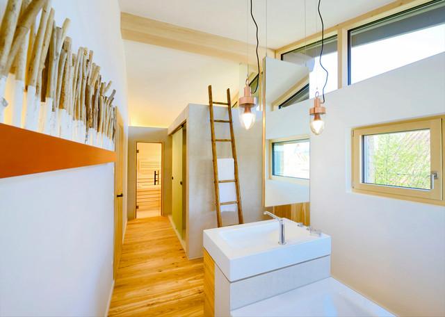 alpenchic skandinavisch badezimmer sonstige von bau fritz gmbh co kg. Black Bedroom Furniture Sets. Home Design Ideas