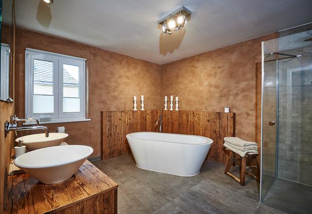 altholzbad modern badezimmer m nchen von holztraum. Black Bedroom Furniture Sets. Home Design Ideas