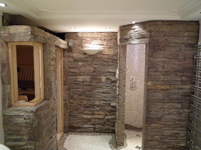 Antike   Schiffernaturstein Wellnessgestaltung / Saunagestaltung Mediterran  Badezimmer