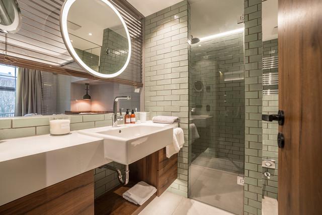 Пример оригинального дизайна интерьера: ванная комната в стиле ретро