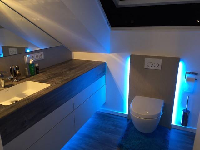 Bad Im Dachboden Modern Badezimmer Munchen Von