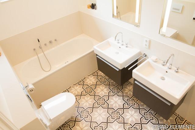 bad jugendstil mix modern moderne klassik badezimmer. Black Bedroom Furniture Sets. Home Design Ideas