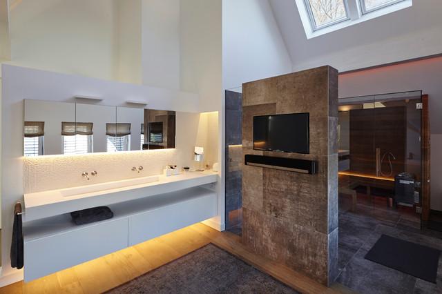 Bad mit Sauna - Modern - Badezimmer - Essen - von falke ...