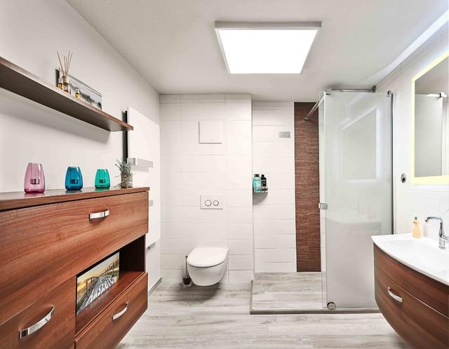 Bad ohne Fenster - Modern - Badezimmer - Leipzig - von ...