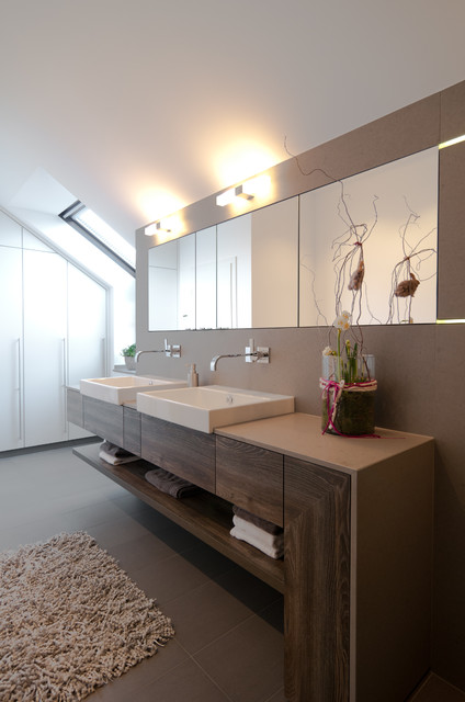 Bad - Contemporary - Bathroom - Dusseldorf - by theelen ...