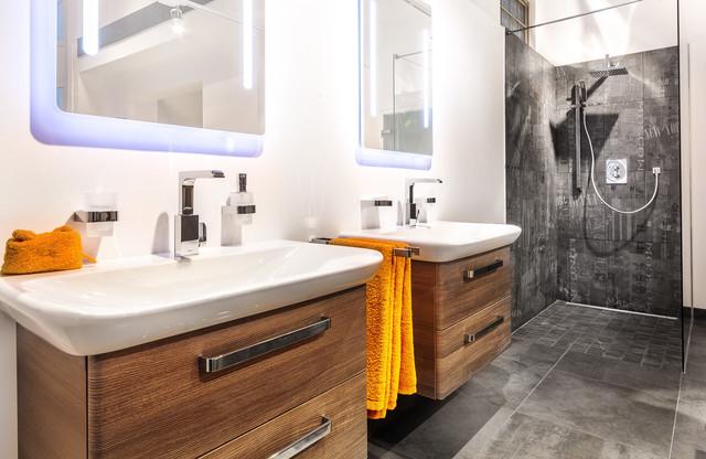badausstellung offene dusche contemporary bathroom munich by