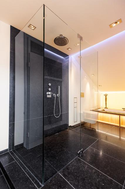 badezimmer a contemporary bathroom hanover by. Black Bedroom Furniture Sets. Home Design Ideas