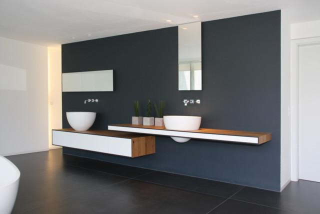 Badezimmer modern-bathroom