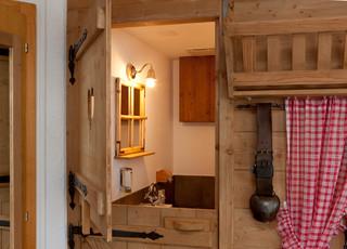 Badezimmer Im Chalet Stil Rustikal Badezimmer Sonstige Von