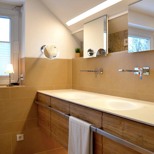 Badezimmer massivholz waschbeckenunterschrank for Badezimmer hersteller