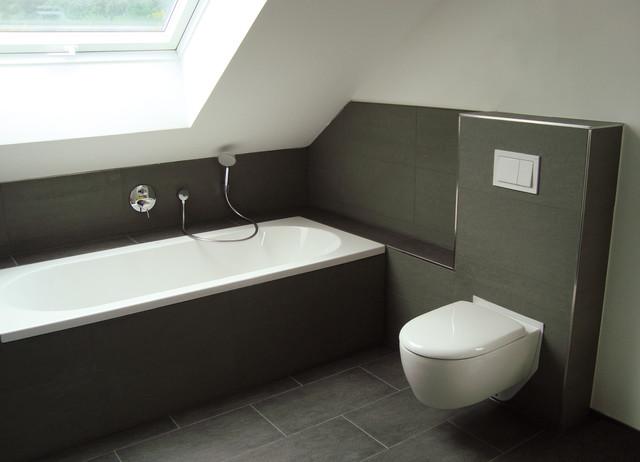 Badezimmer Obergeschoss - Modern - Badezimmer - Frankfurt am ...
