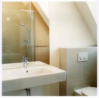 badezimmer umbau in privathaus d modern badezimmer. Black Bedroom Furniture Sets. Home Design Ideas
