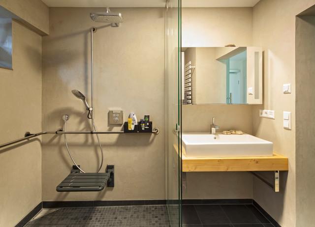 barrierefreies badezimmer modern badezimmer sonstige von stefan kornmeier innenausbau. Black Bedroom Furniture Sets. Home Design Ideas