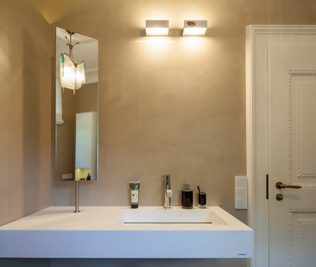 Beton cir in traditionellem g ste wc modern for Moderne badezimmer lampen
