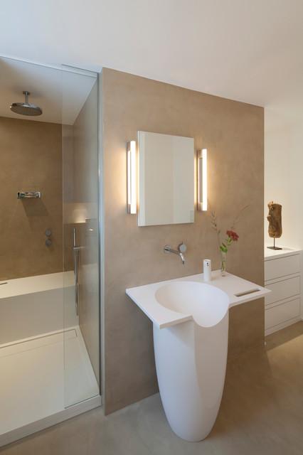 Beton in Beige - Modern - Badezimmer - Köln - von ...
