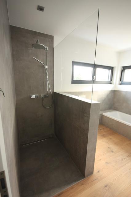 bodengleiche Dusche, Fliesen im Großformat 120x240 cm ...