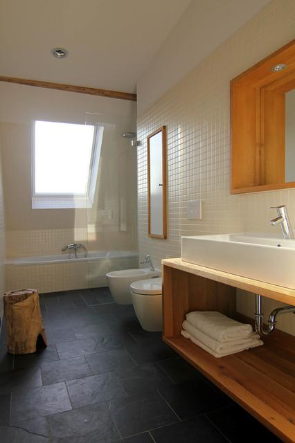dachausbau in berlin zu lichtdurchfluteten r umen rustikal badezimmer berlin von neumann. Black Bedroom Furniture Sets. Home Design Ideas