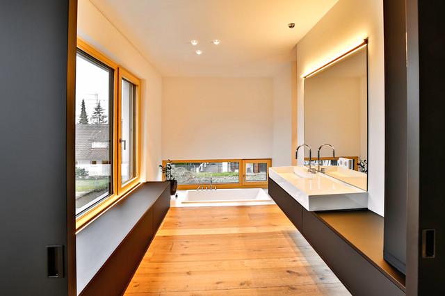 Das Bad – eine private Wellness-Oase - Minimalistisch ...