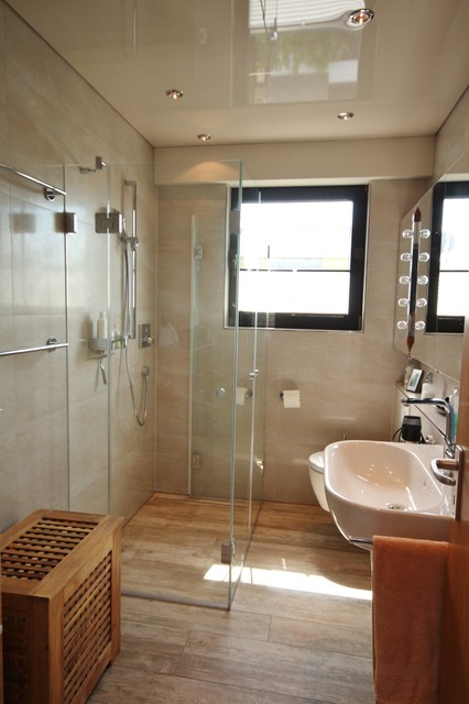 dusche vor fenster - contemporary - bathroom - cologne - by peter, Hause ideen